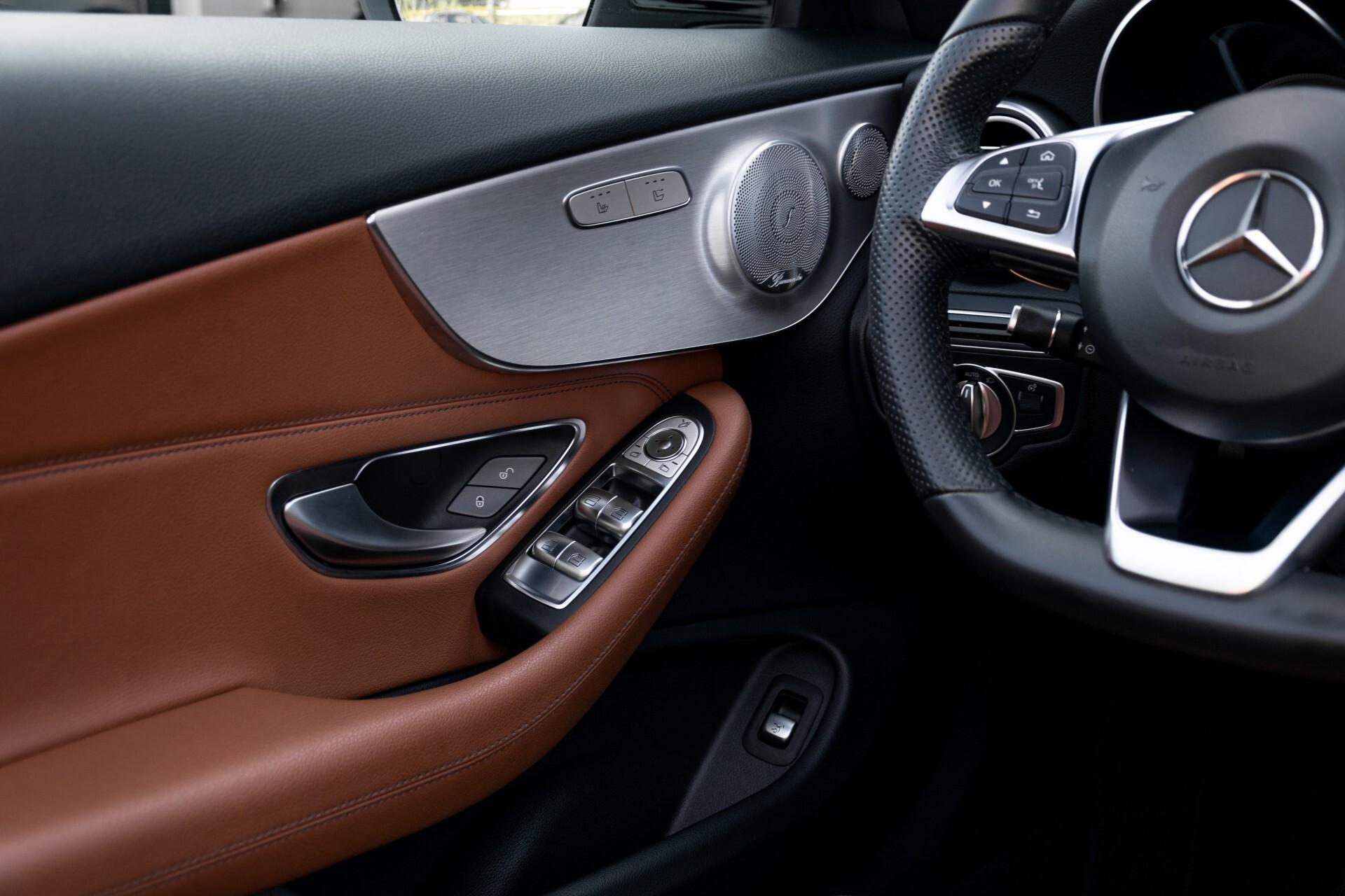 Mercedes-Benz C-Klasse 300 Cabriolet AMG Carbon/Airscarf/Aircap/Comand/Zadelbruin leder/Burmester Aut9 Foto 23
