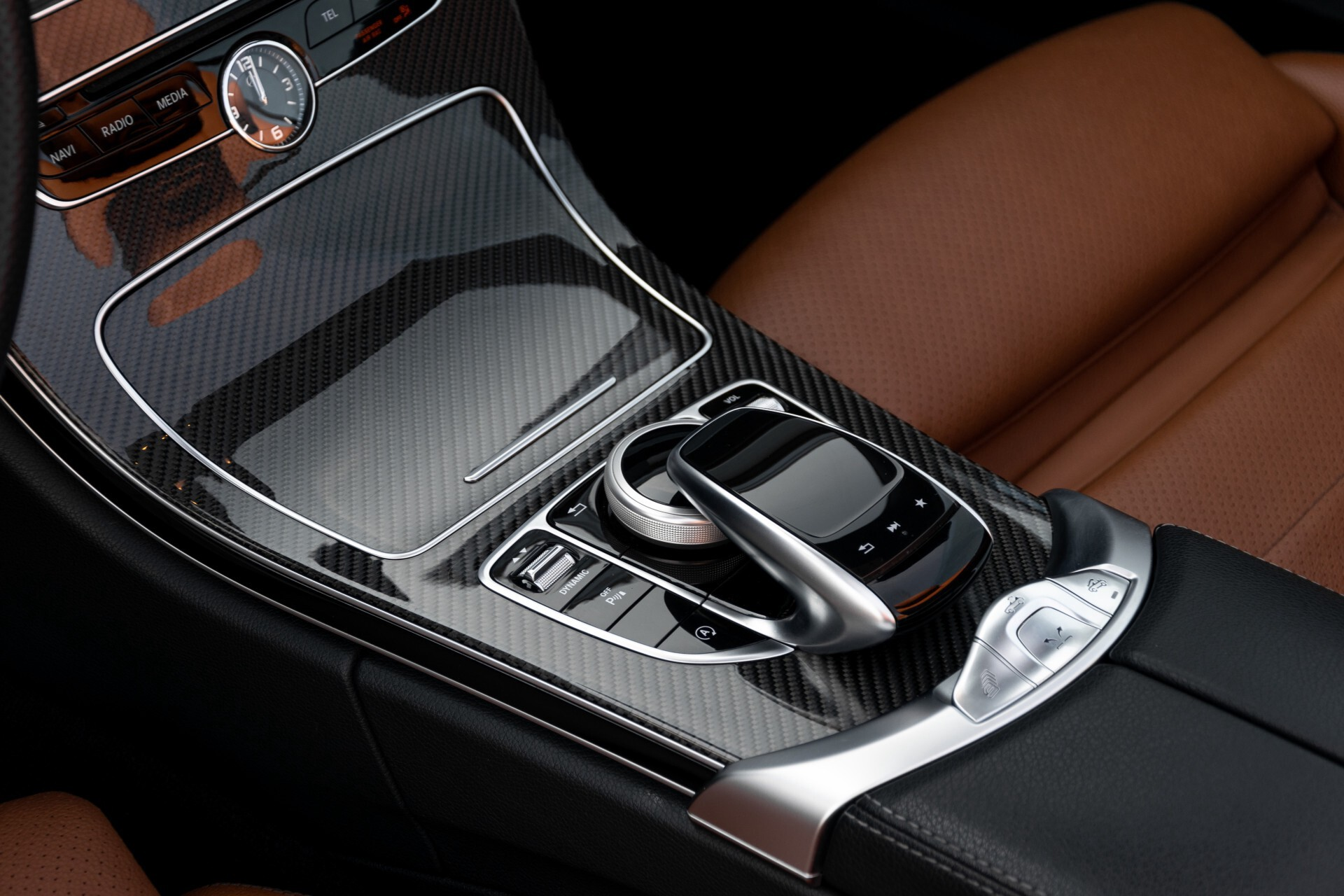 Mercedes-Benz C-Klasse 300 Cabriolet AMG Carbon/Airscarf/Aircap/Comand/Zadelbruin leder/Burmester Aut9 Foto 33