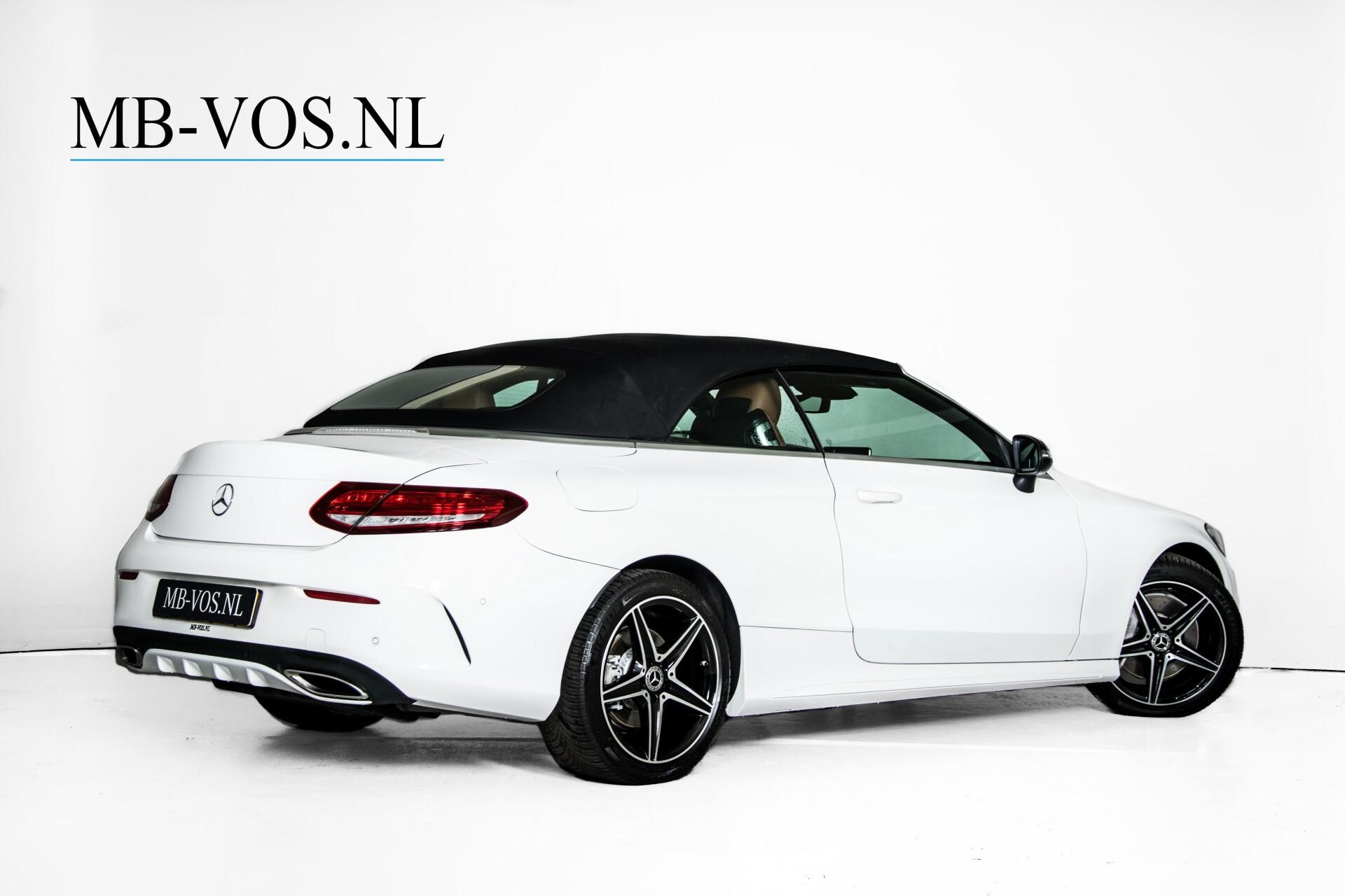 Mercedes-Benz C-Klasse 300 Cabriolet AMG Carbon/Airscarf/Aircap/Comand/Zadelbruin leder/Burmester Aut9 Foto 4
