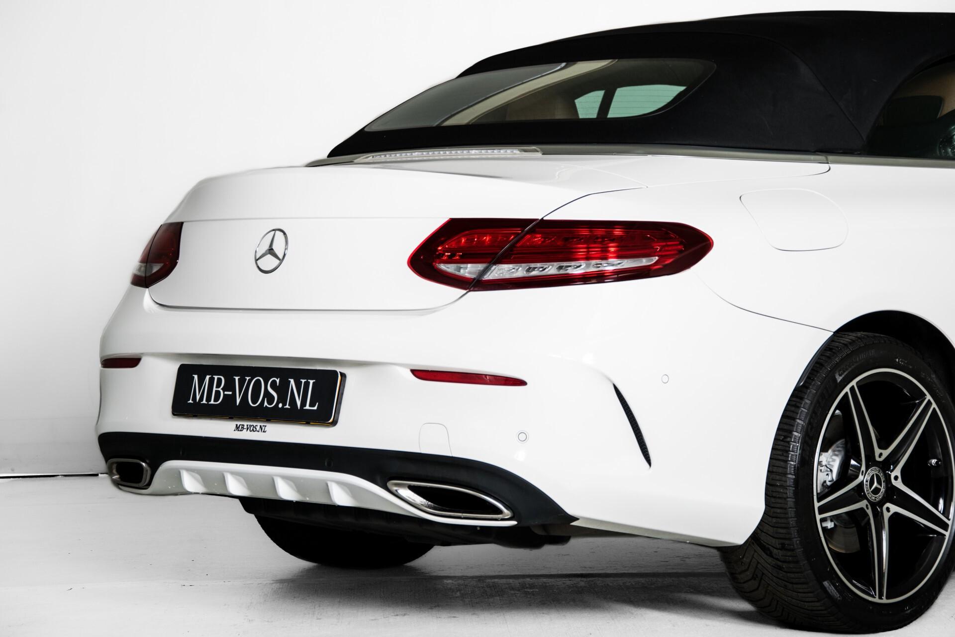 Mercedes-Benz C-Klasse 300 Cabriolet AMG Carbon/Airscarf/Aircap/Comand/Zadelbruin leder/Burmester Aut9 Foto 50