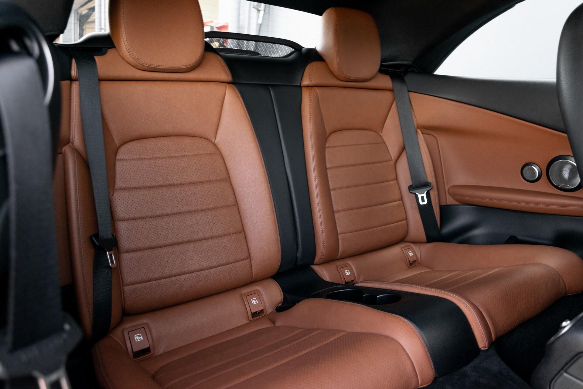 Mercedes-Benz C-Klasse 300 Cabriolet AMG Carbon/Airscarf/Aircap/Comand/Zadelbruin leder/Burmester Aut9 Foto 7