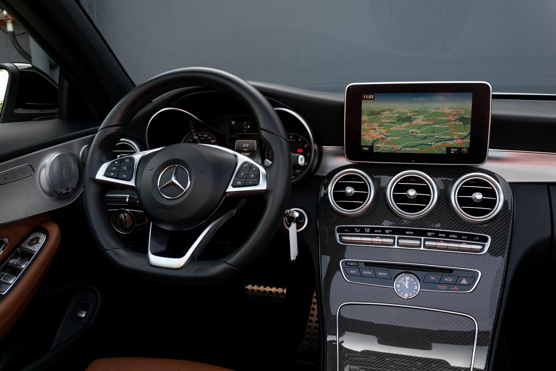 Mercedes-Benz C-Klasse 300 Cabriolet AMG Carbon/Airscarf/Aircap/Comand/Zadelbruin leder/Burmester Aut9 Foto 8