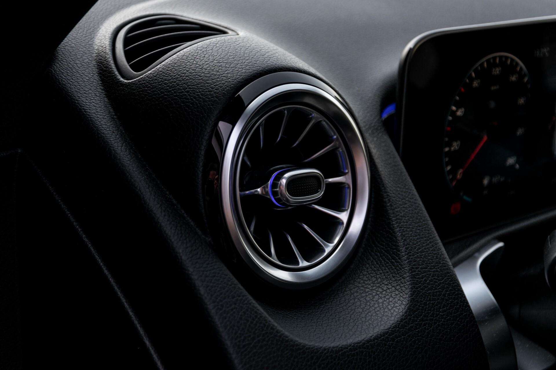 Mercedes-Benz GLB 250 4-M AMG Night/Distronic/Keyless/Mem/Geventileerde stoelen/Burmester/Pano Aut8 Foto 25
