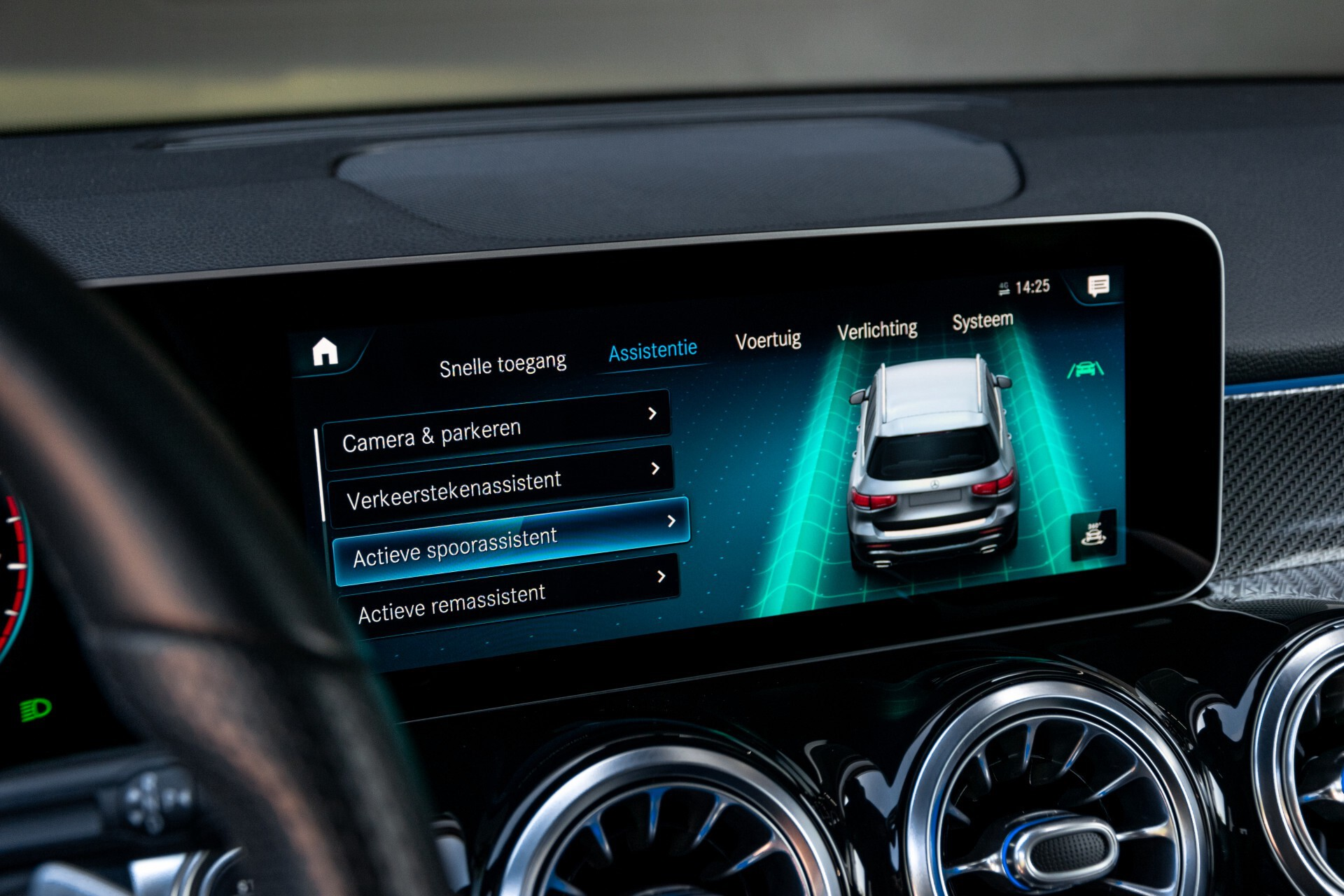 Mercedes-Benz GLB 250 4-M AMG Night/Distronic/Keyless/Mem/Geventileerde stoelen/Burmester/Pano Aut8 Foto 36