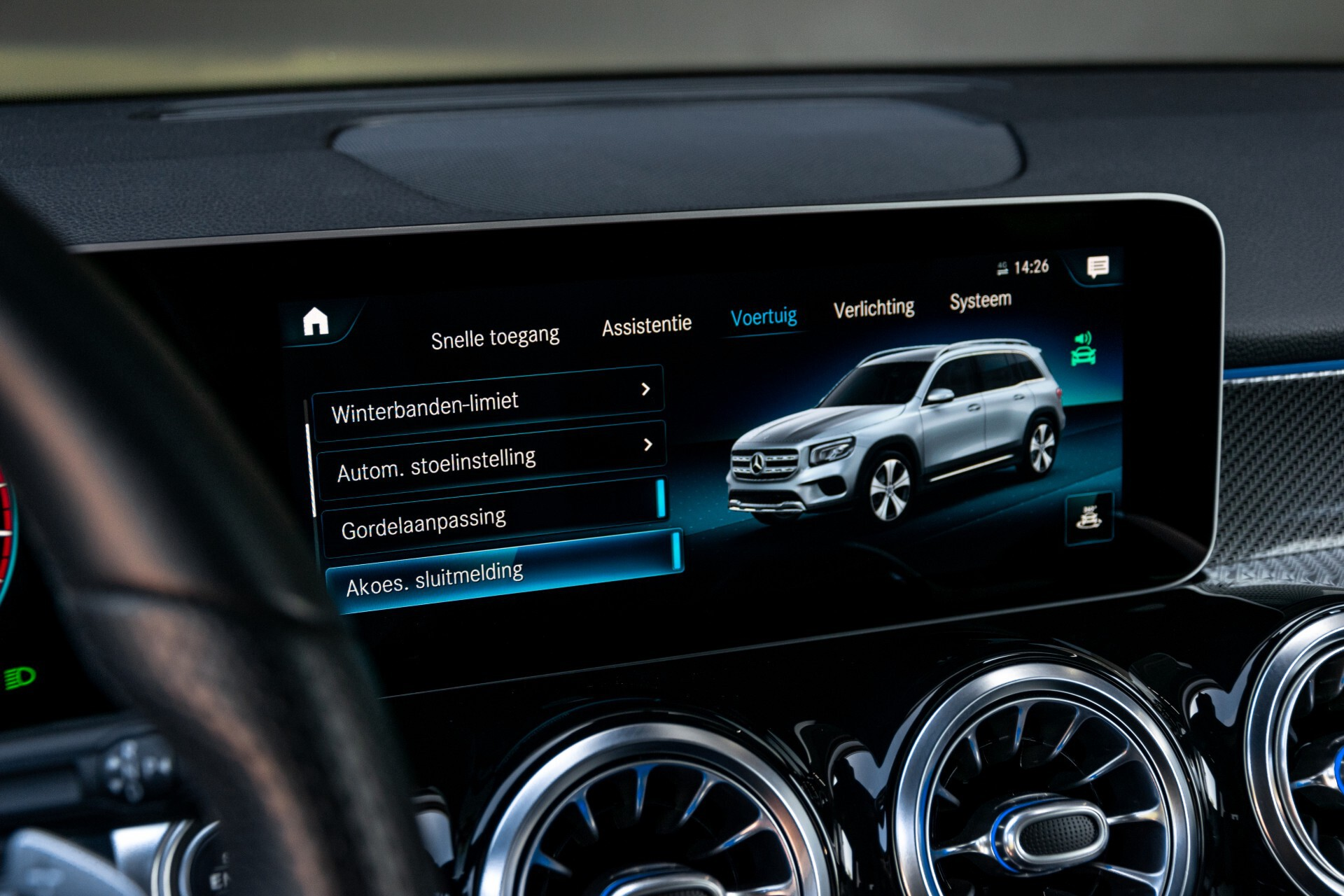 Mercedes-Benz GLB 250 4-M AMG Night/Distronic/Keyless/Mem/Geventileerde stoelen/Burmester/Pano Aut8 Foto 44