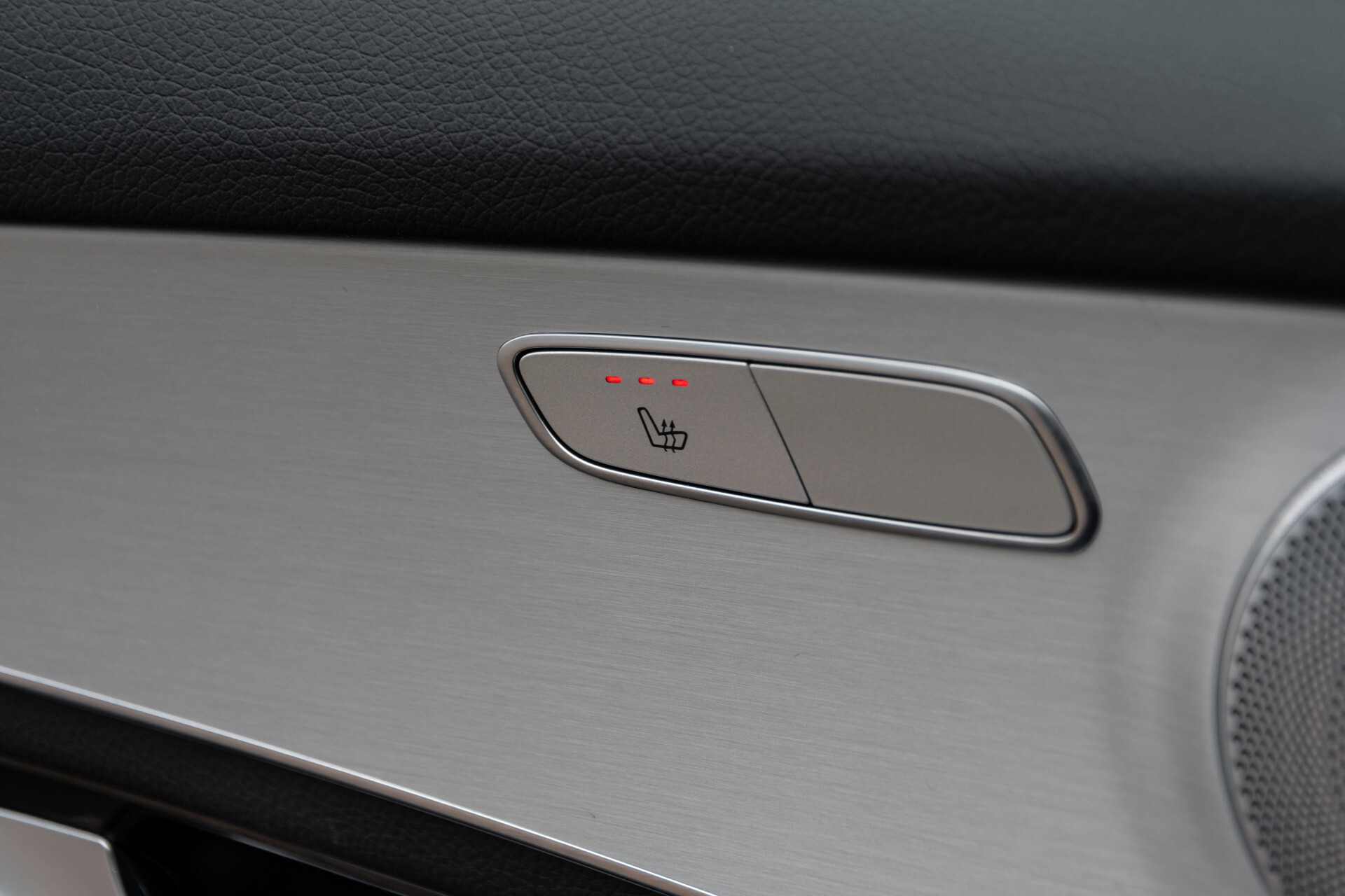 Mercedes-Benz GLC Coupé 250 4-M AMG Night/Dak/Burmester/LED/360/ILS/Trekhaak Aut9 Foto 38
