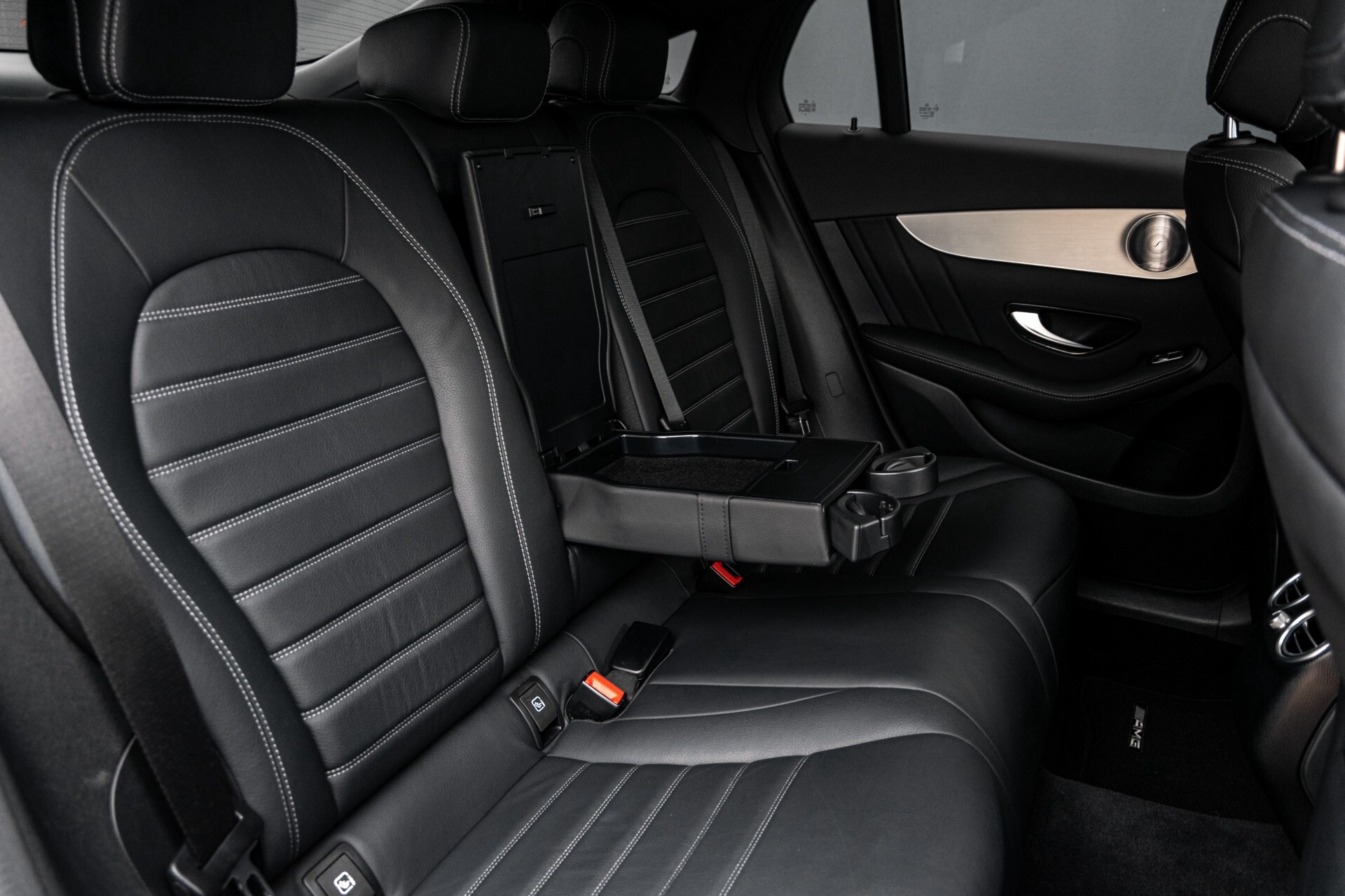 Mercedes-Benz GLC Coupé 250 4-M AMG Night/Dak/Burmester/LED/360/ILS/Trekhaak Aut9 Foto 6