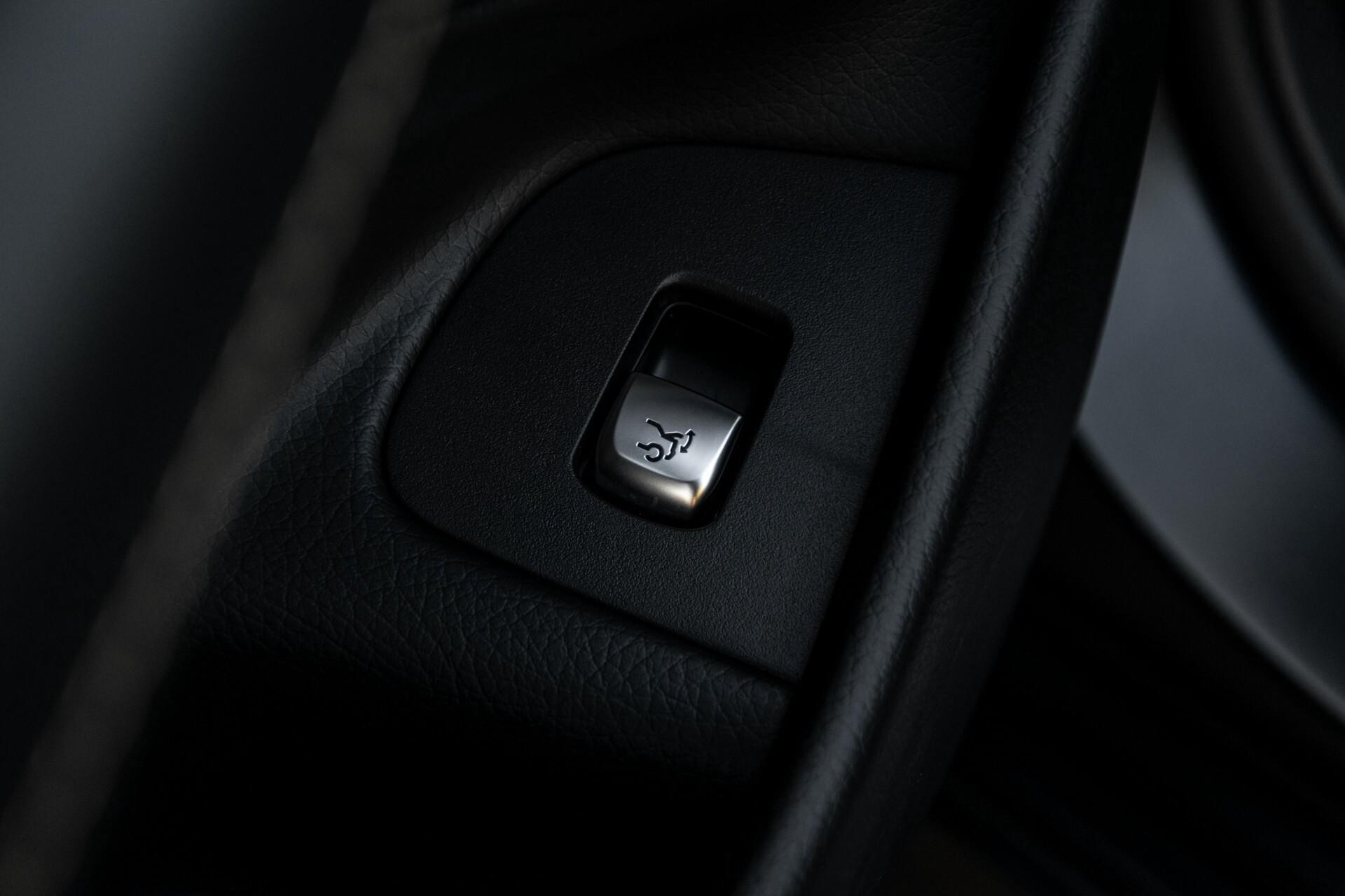 Mercedes-Benz E-Klasse 63 S AMG 4-Matic+ Edition 1 Matzwart/Carbon/Full Options Aut9 Foto 22