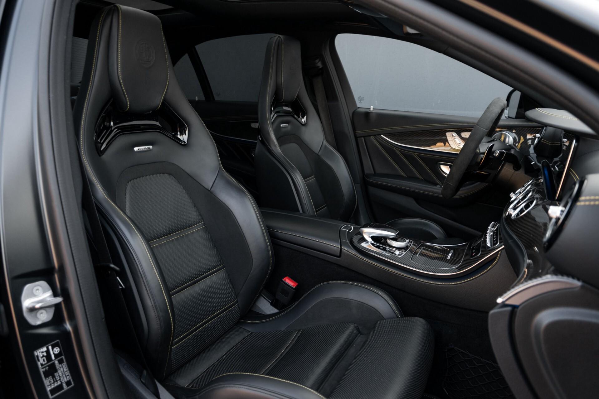 Mercedes-Benz E-Klasse 63 S AMG 4-Matic+ Edition 1 Matzwart/Carbon/Full Options Aut9 Foto 3