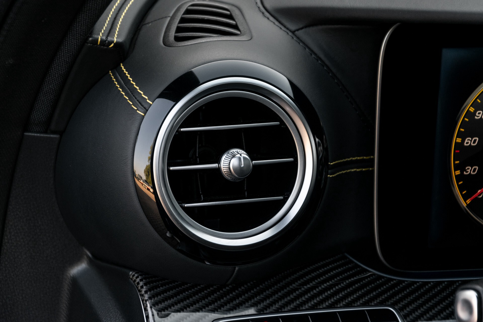 Mercedes-Benz E-Klasse 63 S AMG 4-Matic+ Edition 1 Matzwart/Carbon/Full Options Aut9 Foto 40