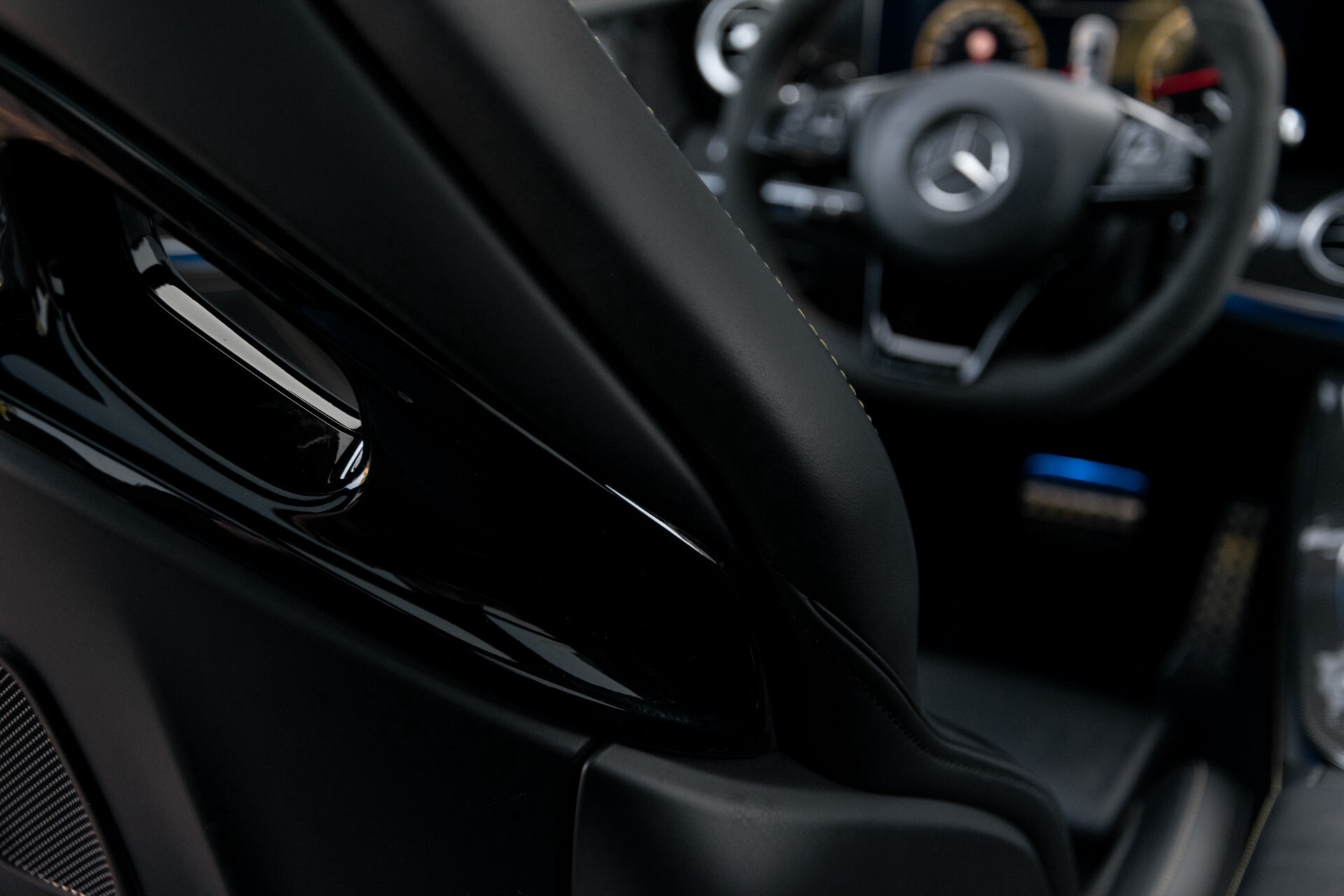 Mercedes-Benz E-Klasse 63 S AMG 4-Matic+ Edition 1 Matzwart/Carbon/Full Options Aut9 Foto 56