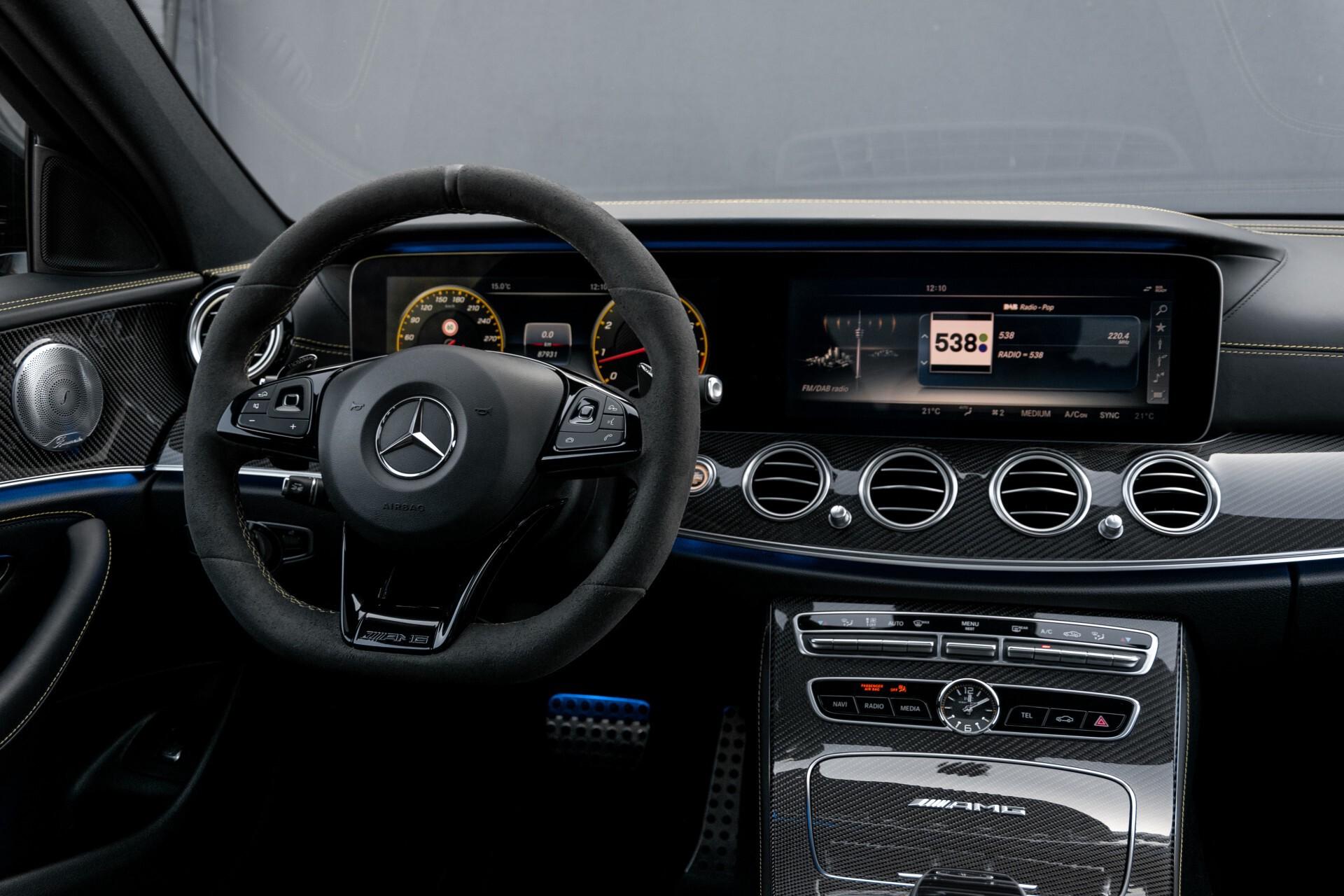Mercedes-Benz E-Klasse 63 S AMG 4-Matic+ Edition 1 Matzwart/Carbon/Full Options Aut9 Foto 6