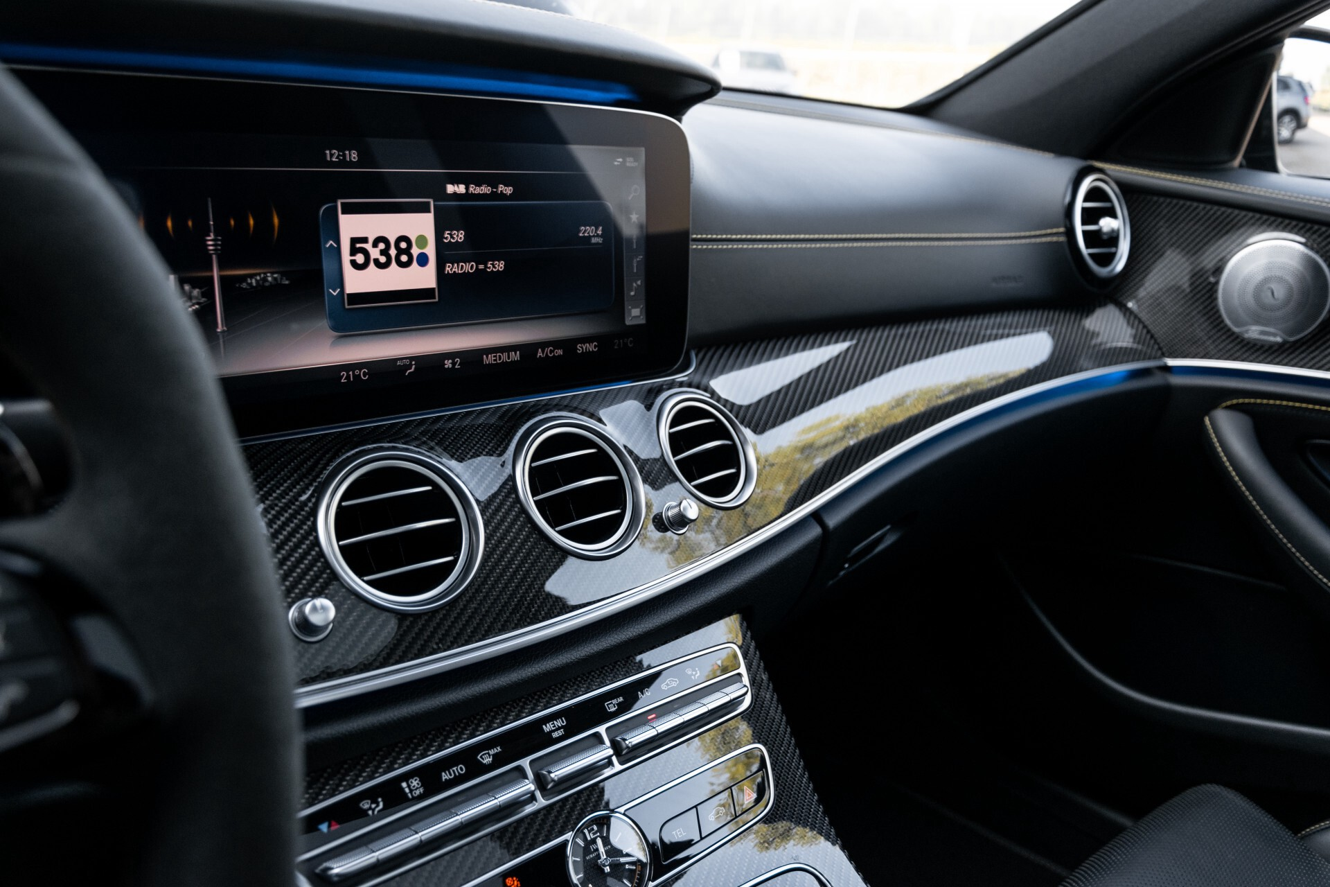 Mercedes-Benz E-Klasse 63 S AMG 4-Matic+ Edition 1 Matzwart/Carbon/Full Options Aut9 Foto 63