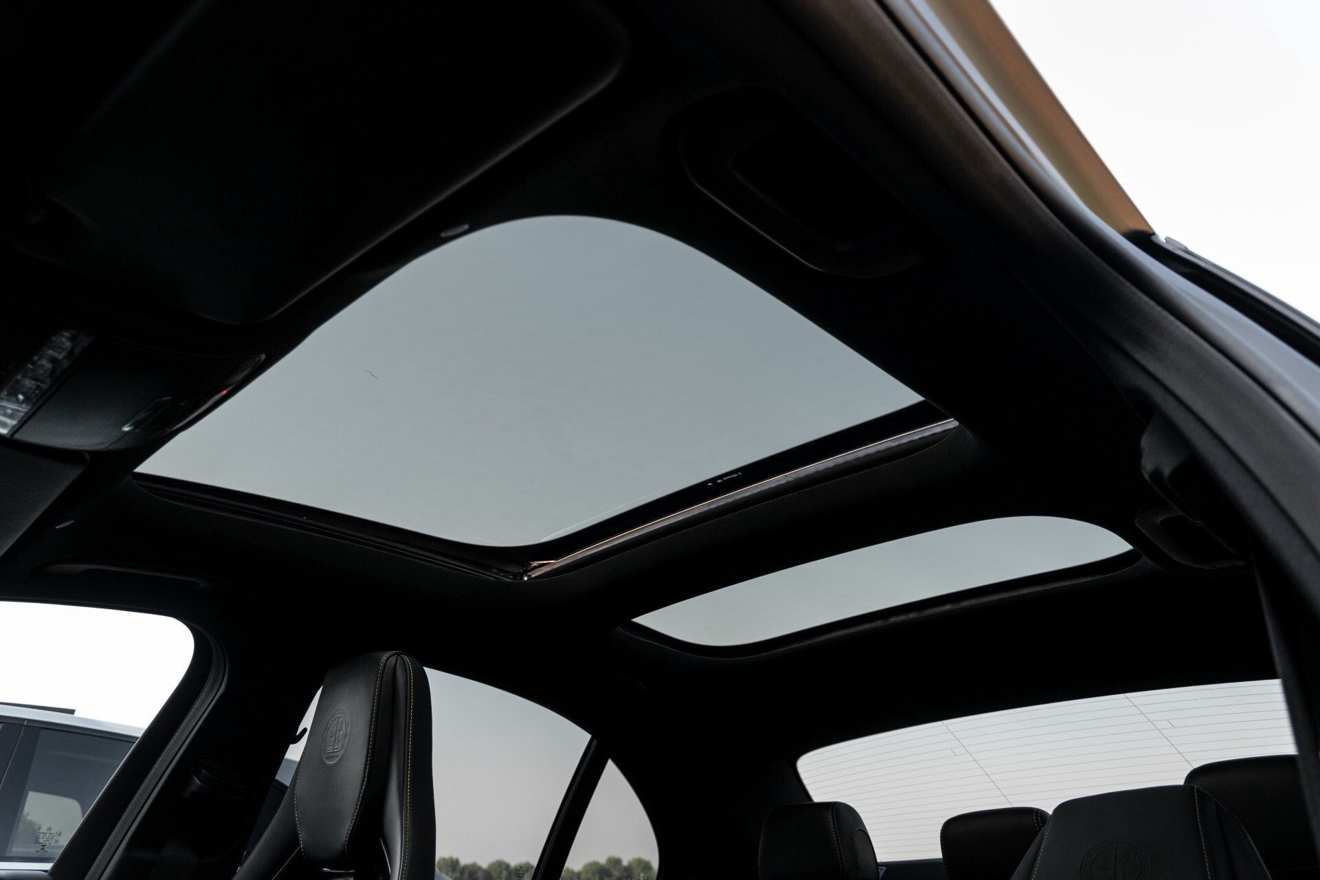 Mercedes-Benz E-Klasse 63 S AMG 4-Matic+ Edition 1 Matzwart/Carbon/Full Options Aut9 Foto 73