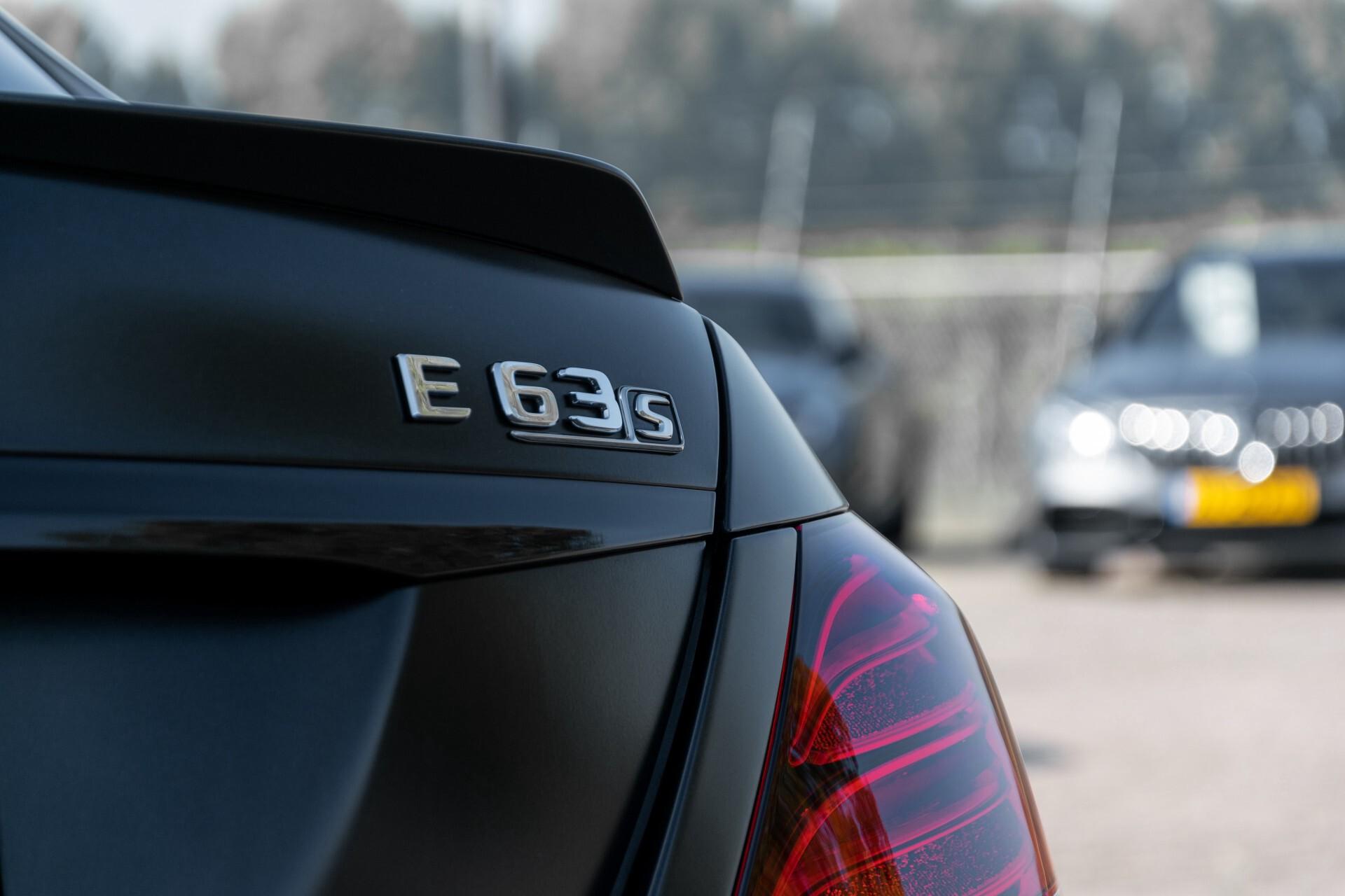 Mercedes-Benz E-Klasse 63 S AMG 4-Matic+ Edition 1 Matzwart/Carbon/Full Options Aut9 Foto 81
