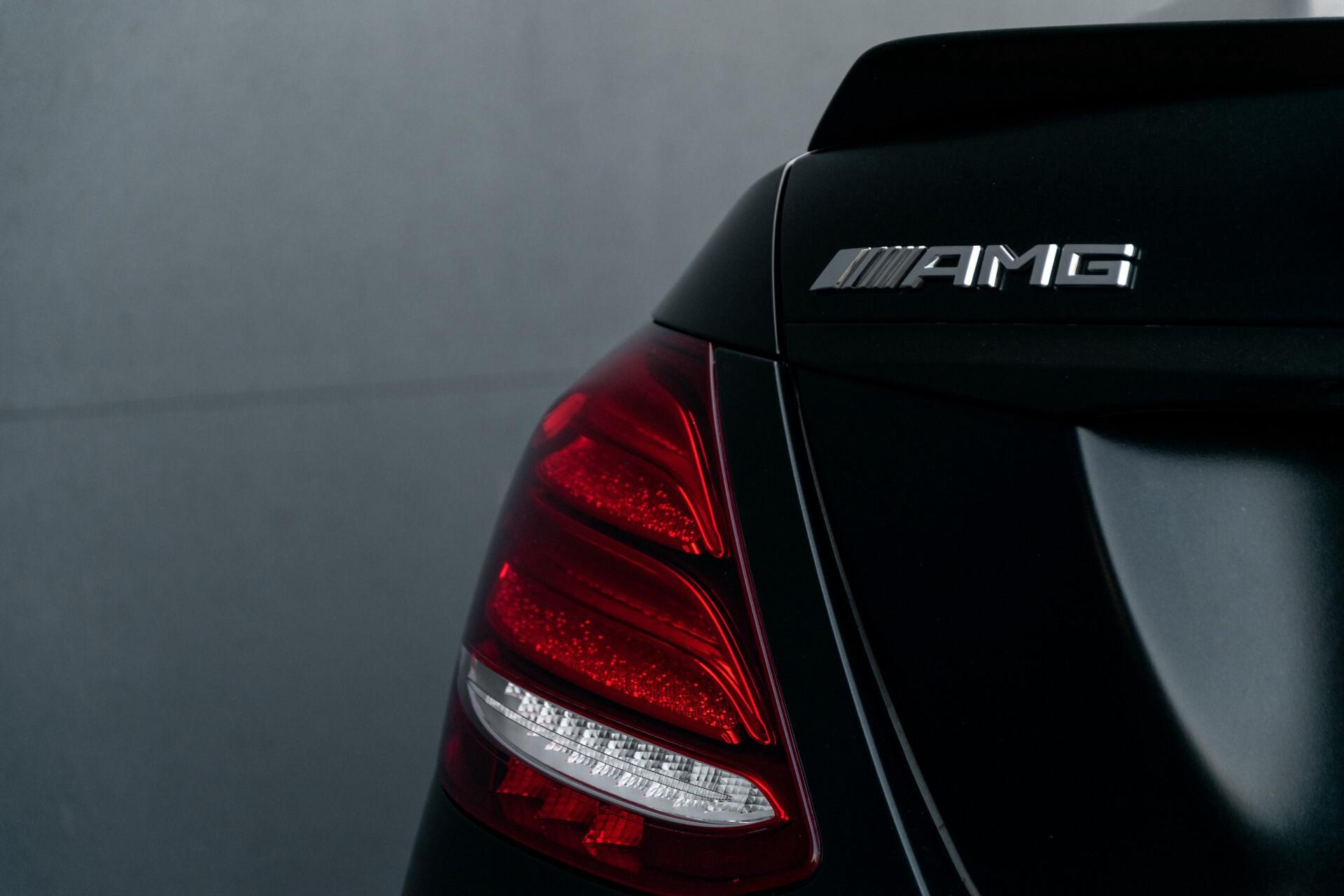 Mercedes-Benz E-Klasse 63 S AMG 4-Matic+ Edition 1 Matzwart/Carbon/Full Options Aut9 Foto 82