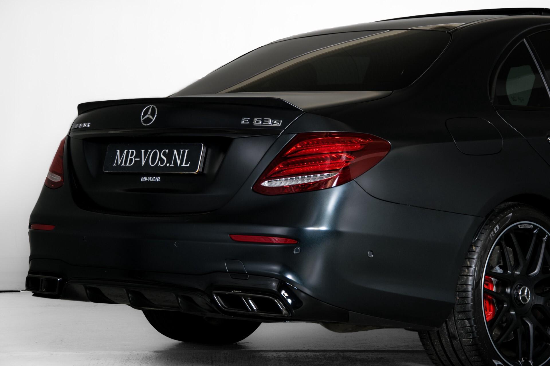 Mercedes-Benz E-Klasse 63 S AMG 4-Matic+ Edition 1 Matzwart/Carbon/Full Options Aut9 Foto 86