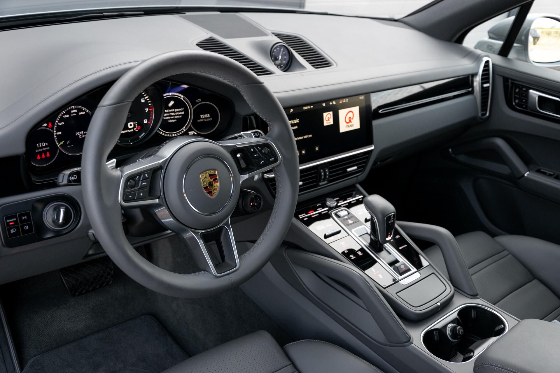 Porsche Cayenne 3.0 E-Hybrid Sport Design Luchtvering/Panorama/Adaptieve stoelen Aut8 Foto 11