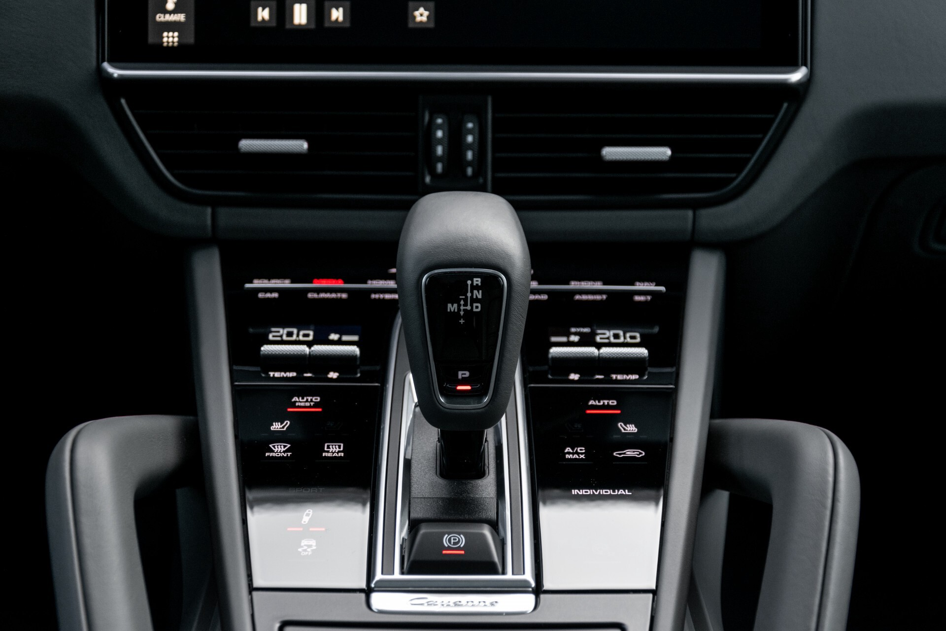 Porsche Cayenne 3.0 E-Hybrid Sport Design Luchtvering/Panorama/Adaptieve stoelen Aut8 Foto 14