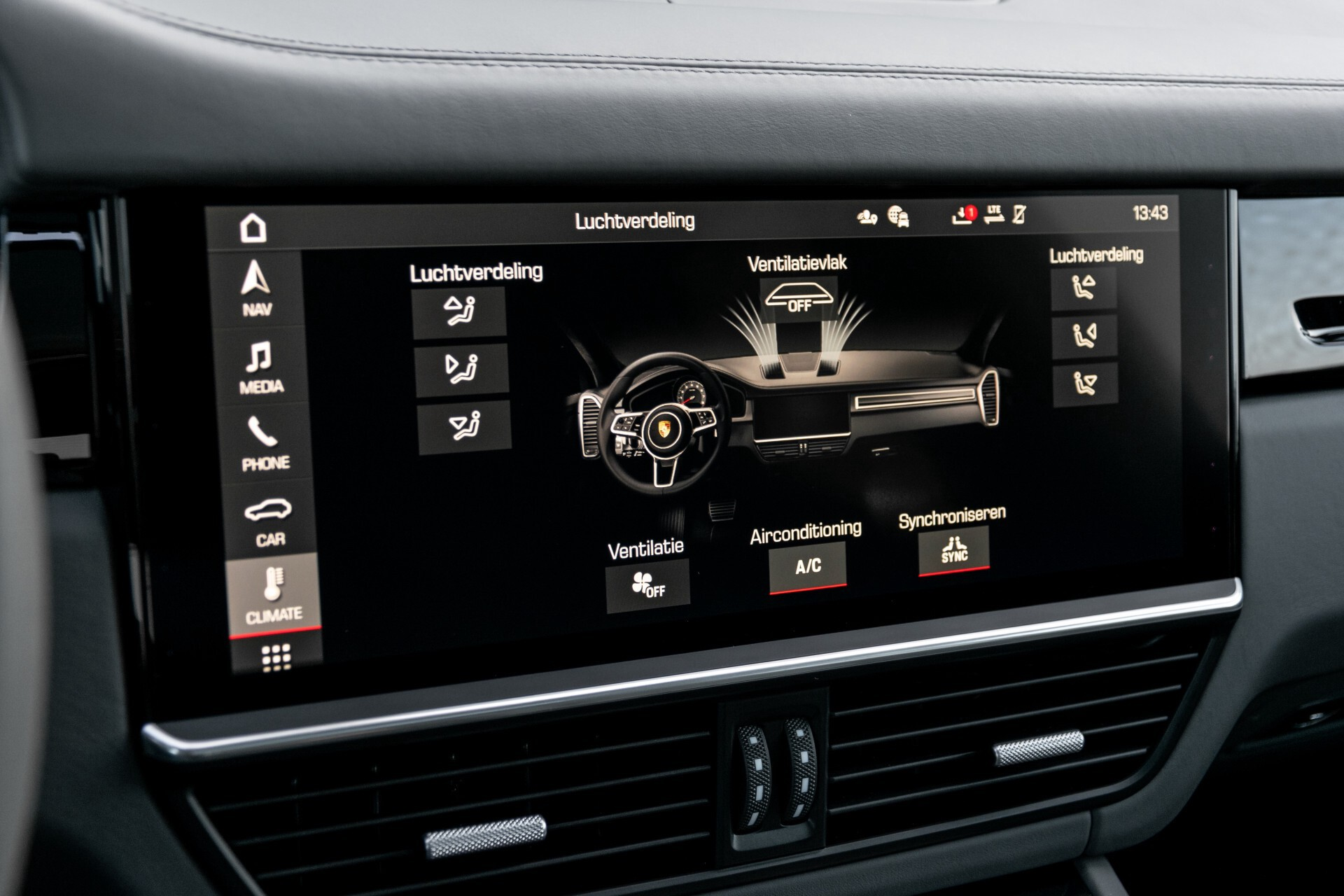 Porsche Cayenne 3.0 E-Hybrid Sport Design Luchtvering/Panorama/Adaptieve stoelen Aut8 Foto 21