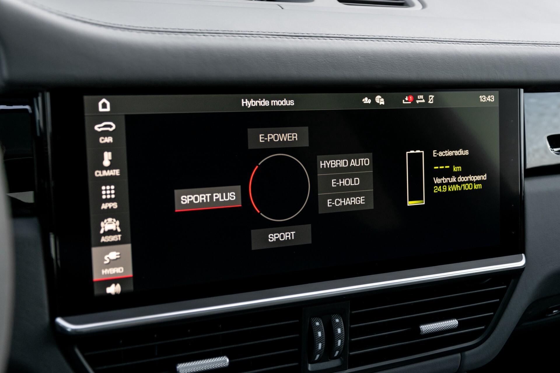 Porsche Cayenne 3.0 E-Hybrid Sport Design Luchtvering/Panorama/Adaptieve stoelen Aut8 Foto 27