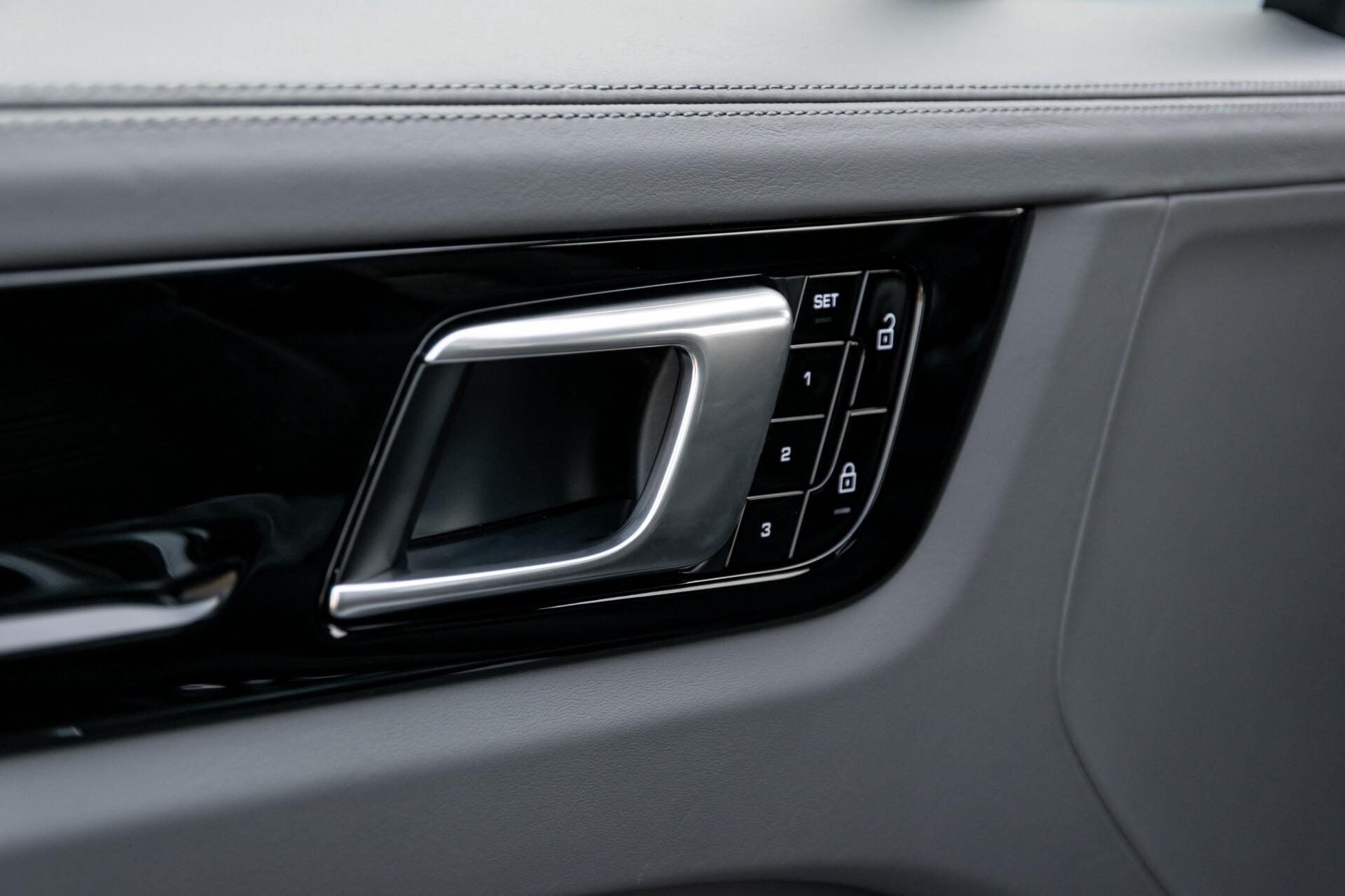 Porsche Cayenne 3.0 E-Hybrid Sport Design Luchtvering/Panorama/Adaptieve stoelen Aut8 Foto 30