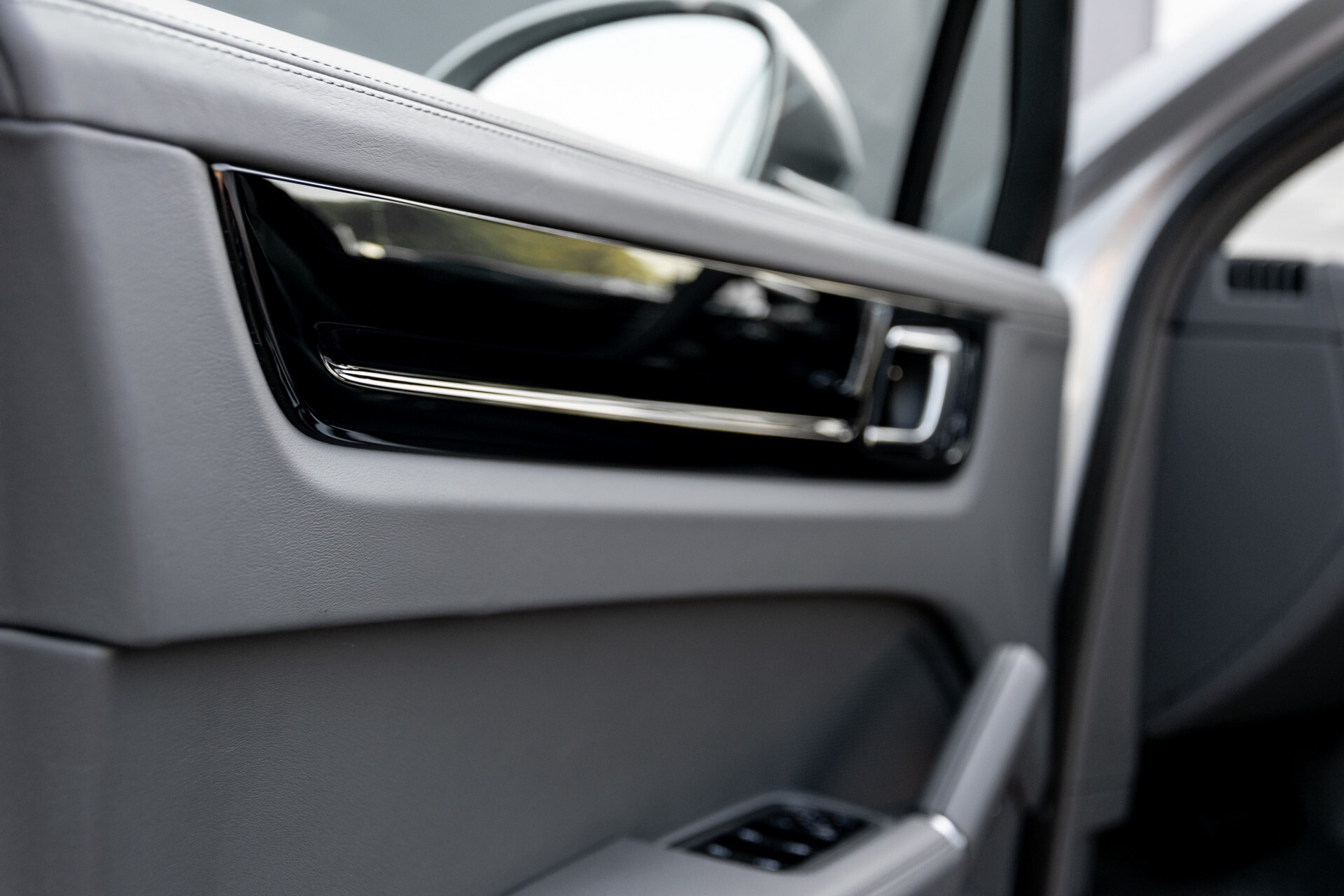 Porsche Cayenne 3.0 E-Hybrid Sport Design Luchtvering/Panorama/Adaptieve stoelen Aut8 Foto 31