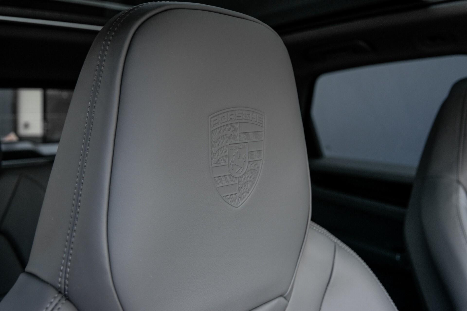 Porsche Cayenne 3.0 E-Hybrid Sport Design Luchtvering/Panorama/Adaptieve stoelen Aut8 Foto 38