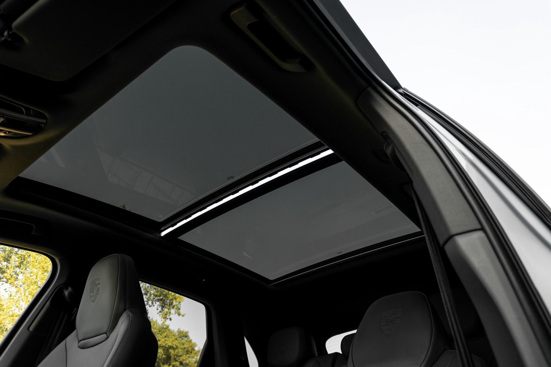Porsche Cayenne 3.0 E-Hybrid Sport Design Luchtvering/Panorama/Adaptieve stoelen Aut8 Foto 44