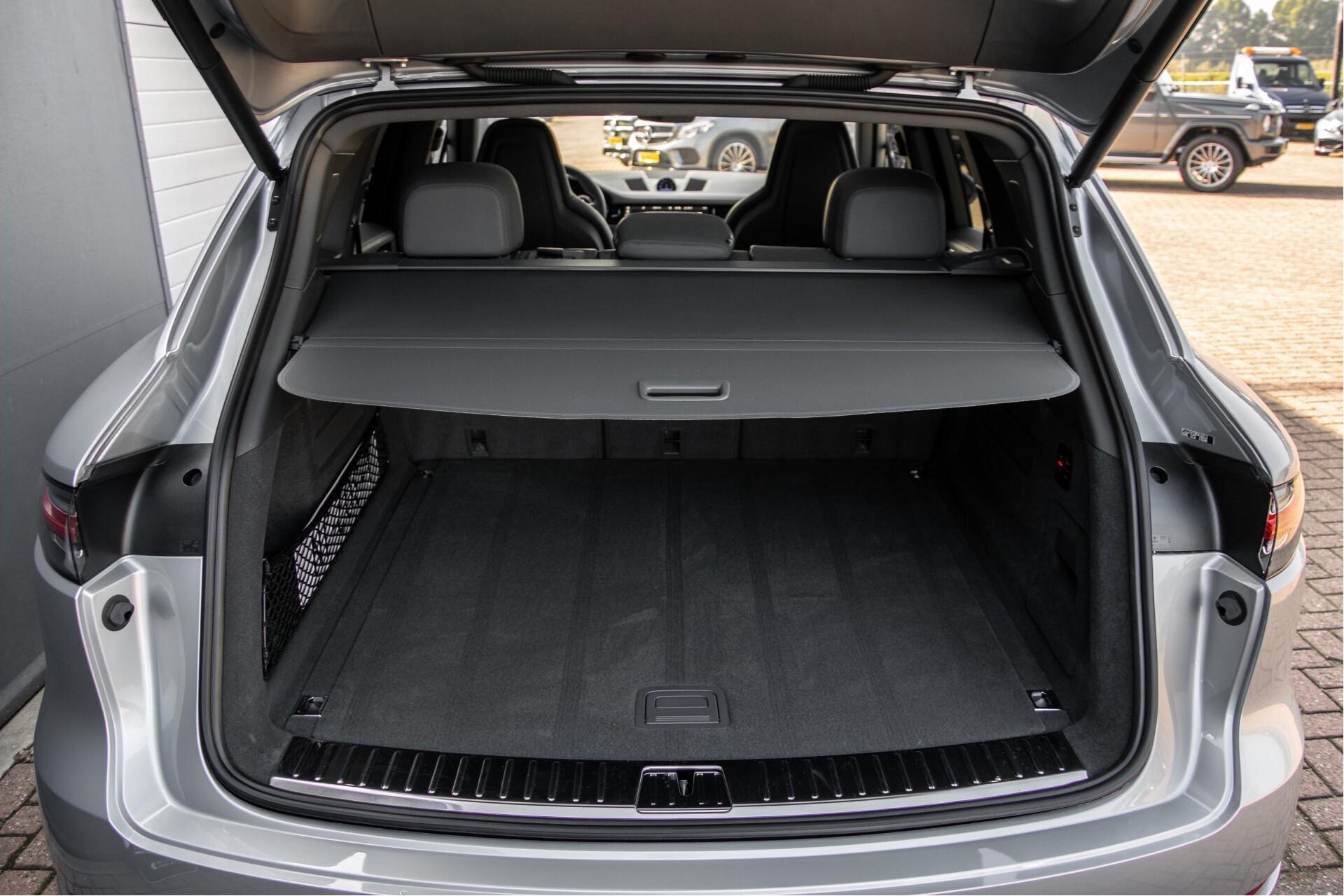 Porsche Cayenne 3.0 E-Hybrid Sport Design Luchtvering/Panorama/Adaptieve stoelen Aut8 Foto 48