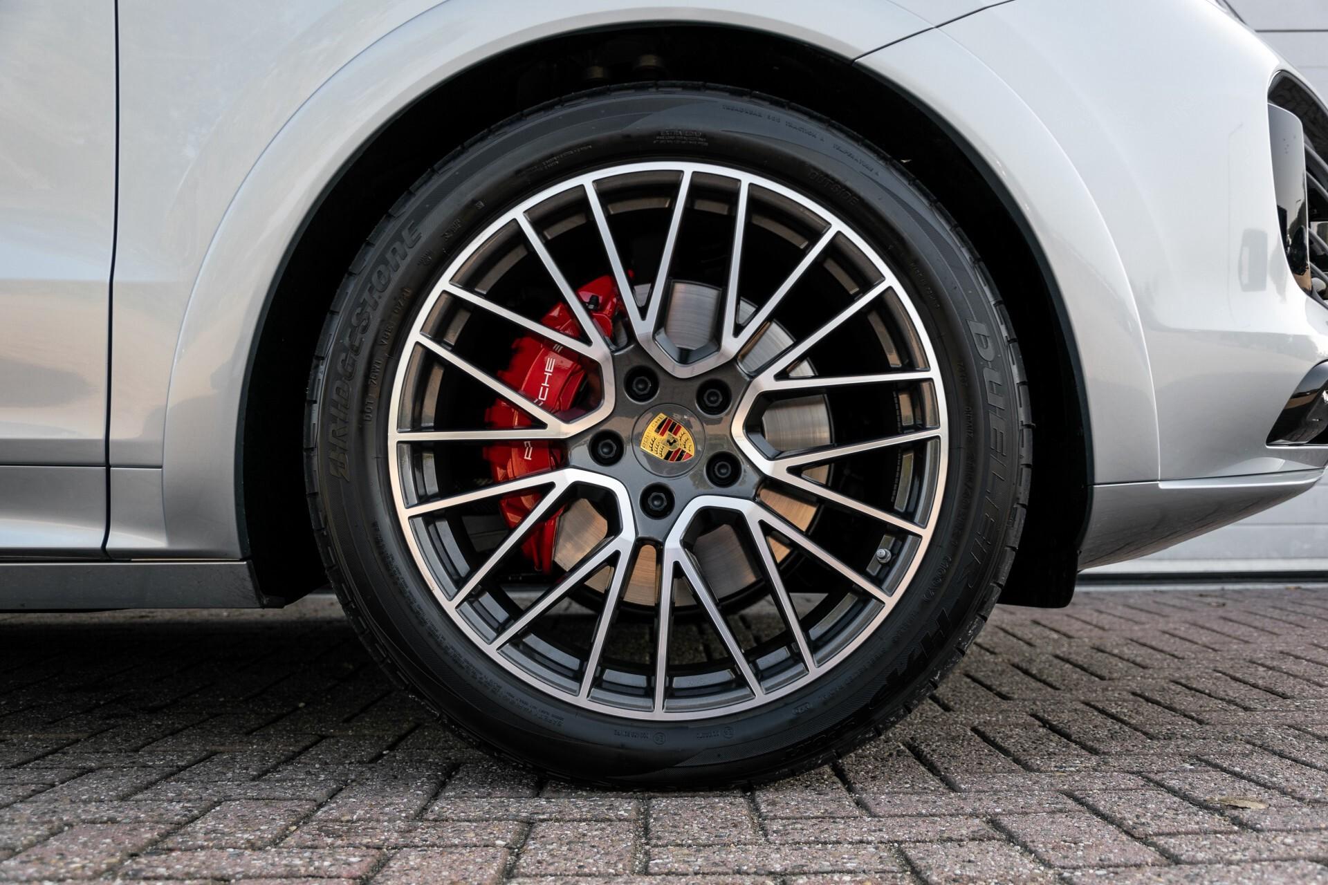 Porsche Cayenne 3.0 E-Hybrid Sport Design Luchtvering/Panorama/Adaptieve stoelen Aut8 Foto 51