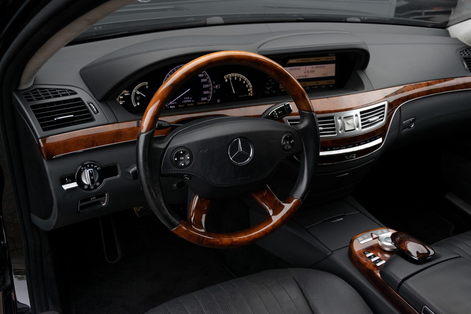 Mercedes-Benz S-Klasse 600 Lang 65 AMG Bi-Turbo Prestige Plus Aut5 Foto 31