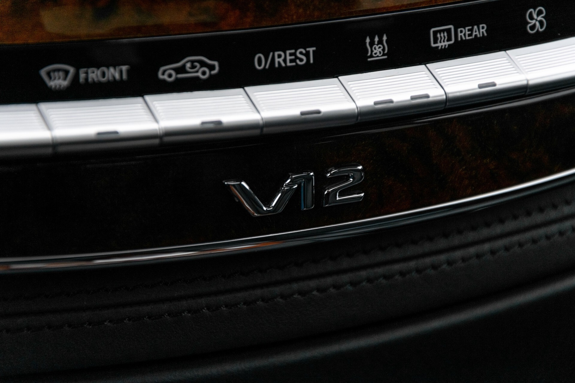 Mercedes-Benz S-Klasse 600 Lang 65 AMG Bi-Turbo Prestige Plus Aut5 Foto 43