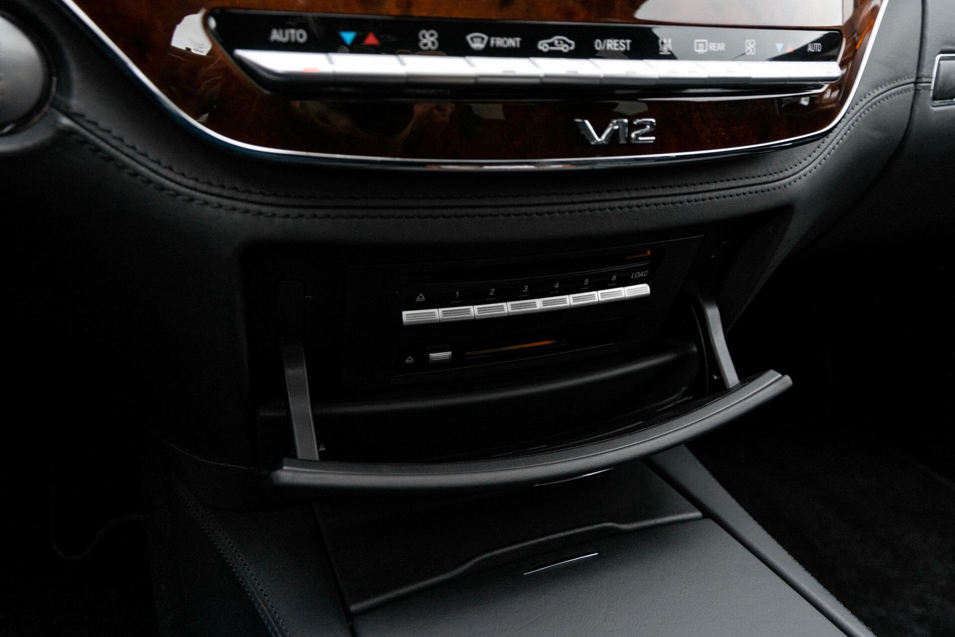 Mercedes-Benz S-Klasse 600 Lang 65 AMG Bi-Turbo Prestige Plus Aut5 Foto 45